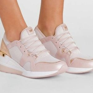 Michael Kors luv trainers sneakers shoes soft pink